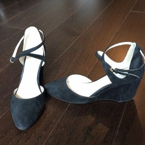 Cole Haan Lacey Wedge Black Suede Size 7